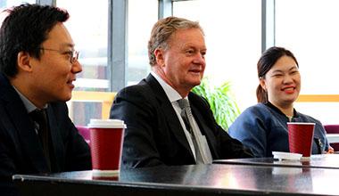 澳大利亚格里菲斯大学商学院院长来访中瑞,开展本硕衔接项目合作
